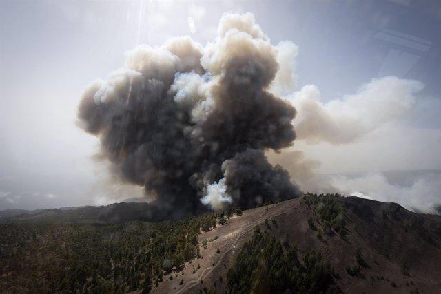 Imagen aérea del incendio de La Palma