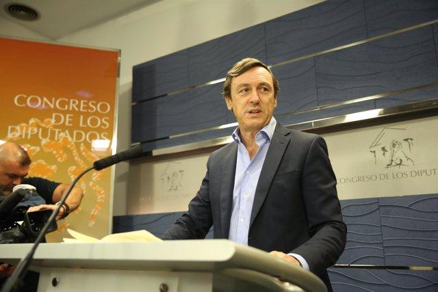 Rueda de prensa de Rafael Hernando