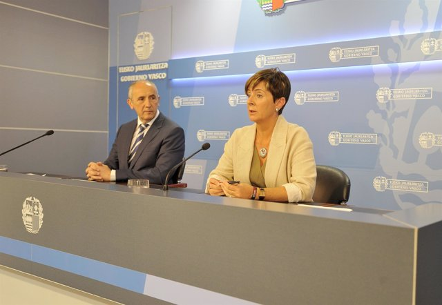 Rueda de prensa del consejo de gobierno con Erkoreka y Tapia