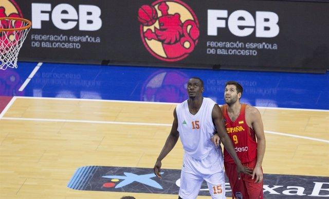 Felipe Reyes con la selección española
