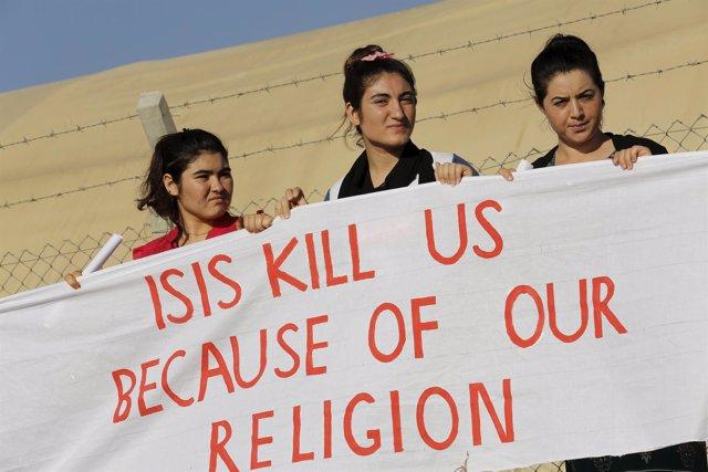 Refugiadas yazidíes denuncian la persecución de Estado Islámico