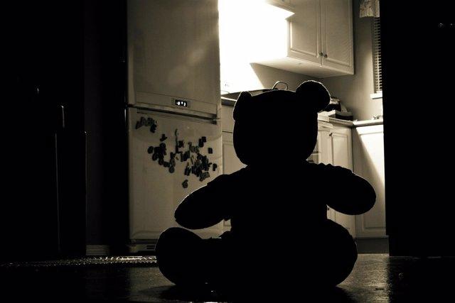 Infancia triste, maltrato, infantil, muerte, abuso