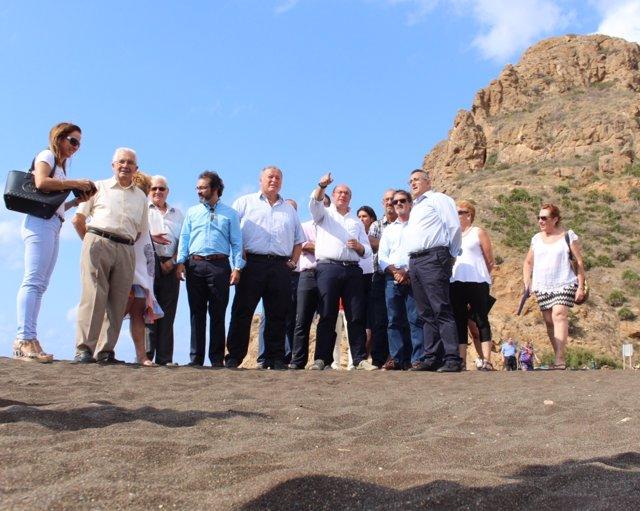 Pedro Antonio Sánchez visita la Bahía de Portmán