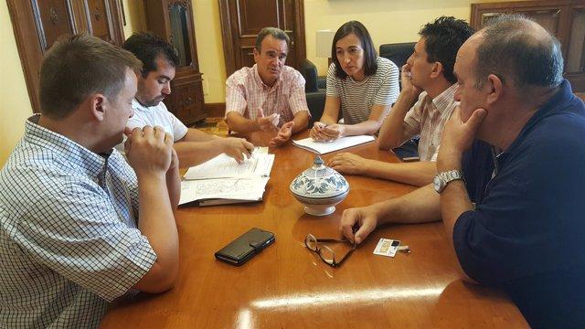 Los alcaldes con el presidente de la DPZ