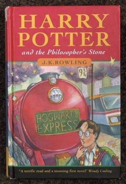 Harry Potter y la piedra filosofal, libro