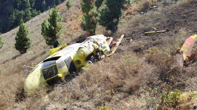 El helicóptero accidentado en La Palma, del que la tripulación está bien