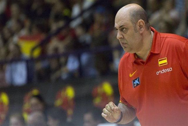 Lucas Mondelo seleccionador español baloncesto femenino