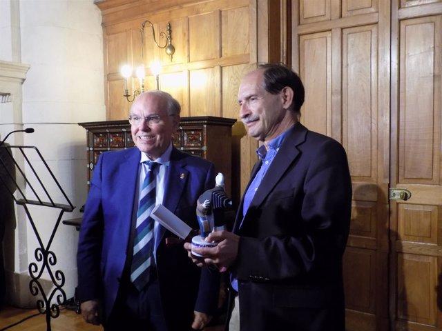 Miguel Marías recibe el VIII Premio a la Cinematografía de la UIMP