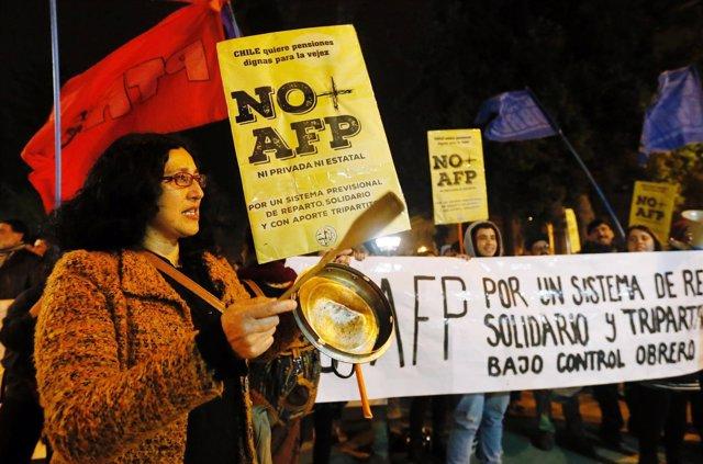 Protestas en Chile contra las AFP y las nuevas medidas de Bachelet