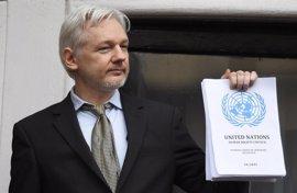 Assange celebra que finalmente vaya a ser interrogado en la Embajada ecuatoriana en Londres