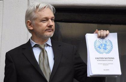 Wikileaks.- Assange celebra que finalmente vaya a ser interrogado en la Embajada ecuatoriana en Londres