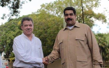 """Colombia/Venezuela.- Santos y Maduro ordenan a sus gobiernos """"buscar acuerdos"""" para tener """"una frontera normal"""""""