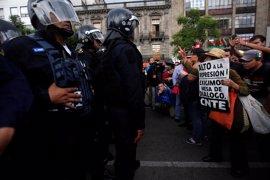 En libertad bajo fianza los dos últimos líderes sindicales del CNTE mexicano presos en las revueltas de Oaxaca