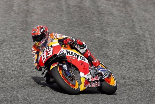Marc Márquez durante los entrenamientos del Gran Premio de Jerez