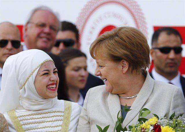 Angela Merkel en campamento refugiados de Gaziantep