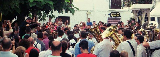 Una de las bandas de músicas que han participado en el I encuentro de Bubión