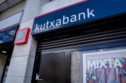 Kutxabank destina hasta julio 32 millones a mejorar la competitividad de comercios y autónomos