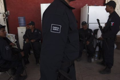 Detienen al menos a 36 normalistas durante protestas en México