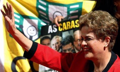 Rousseff propone elecciones anticipadas para superar la crisis política en Brasil