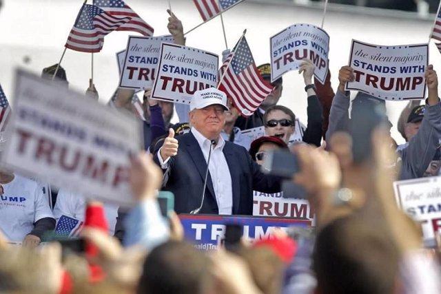 """Trump propone un """"test ideológico"""" para inmigrantes"""