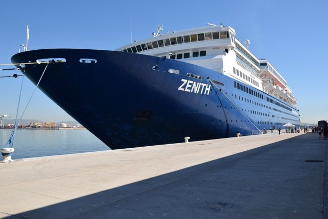 El crucero Zenith