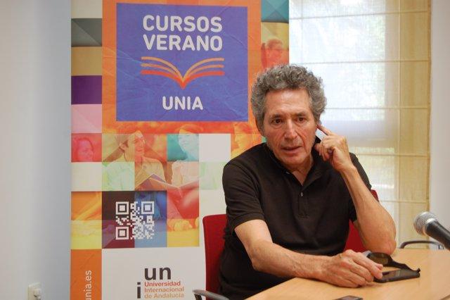 Miguel Ríos en los cursos de verano de la UNIA