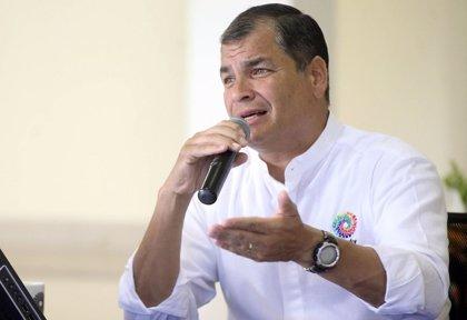 """""""Histórica"""" popularidad de Correa tras casi una década en el poder"""