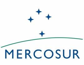 Uruguay trata de aliviar la tensión con Brasil en torno a la crisis institucional en MERCOSUR