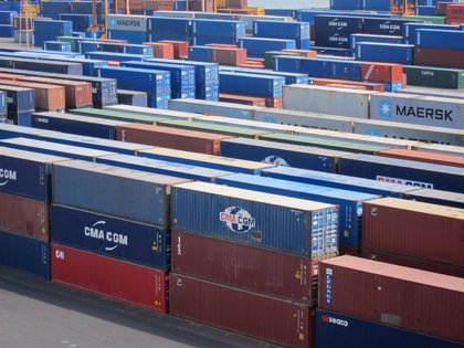 El déficit comercial baja un 31,4% hasta junio tras un nuevo récord exportador