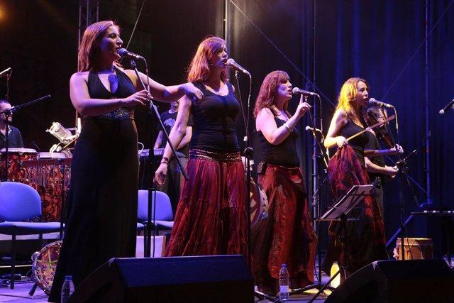 Acetre en el Festival Folk de Plasencia