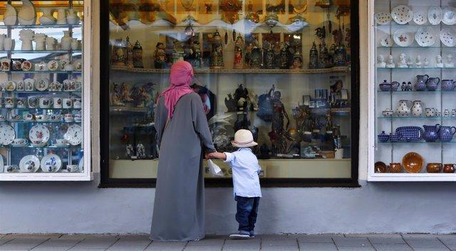 Mujer musulmana con pañuelo en Alemania