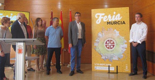 Ballesta y Pacheco presentan el cartel de la Feria