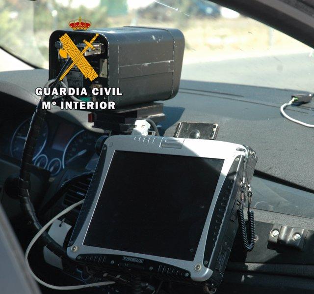 Un radar de la Guardia Civil