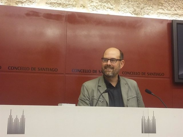 El alcalde de Santiago, Martiño Noriega, en la rueda de prensa de este martes