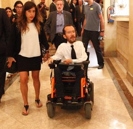 """Echenique asegura que Iglesias y Sánchez hablaron """"de qué pasaría"""" si fracasa Rajoy"""