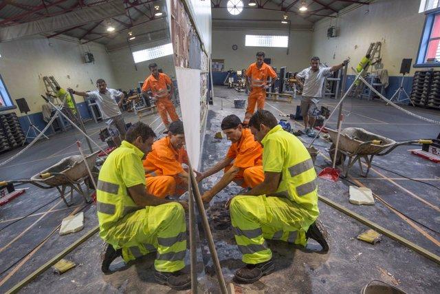 Trabajos de mantenimiento en el gimnasio de La Vidriera