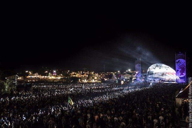 El Main Stage durante el concierto de Manu Chao