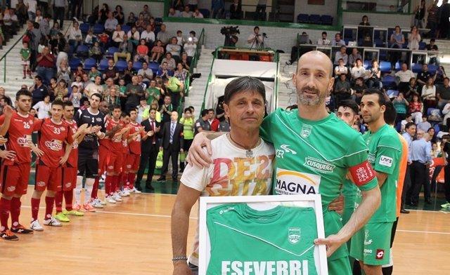 Javi Eseverri celebra 600 partidos con el Xota