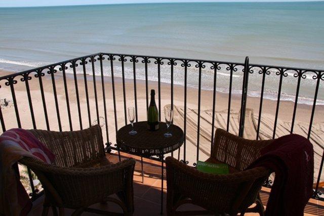 Apartamentos a pie de playa