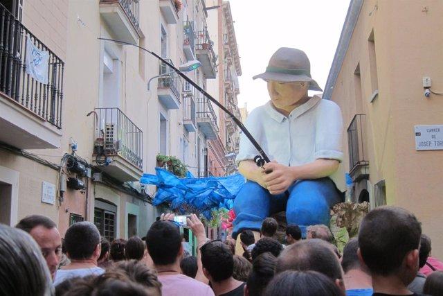 ----Pescador En La Calle Fraternitat De Baix En Las Fiestas De Gràcia