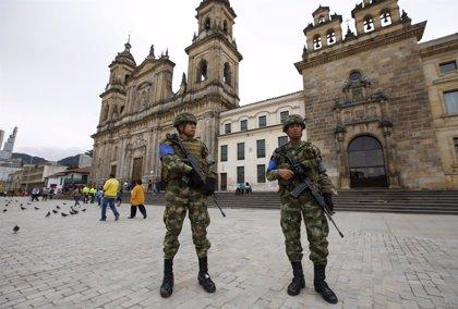 Más de 5.000 militares y policías se acogerán a la justicia transicional en Colombia
