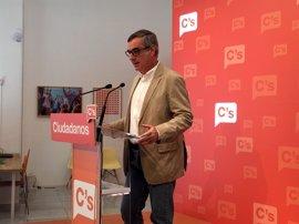 """Ciudadanos dice que """"la única posibilidad"""" de apoyar la investidura de Rajoy es que se firme el acuerdo con el PP"""