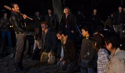 The Walking Dead: Nuevas imágenes desde el set de rodaje revelan a quién no mató Negan