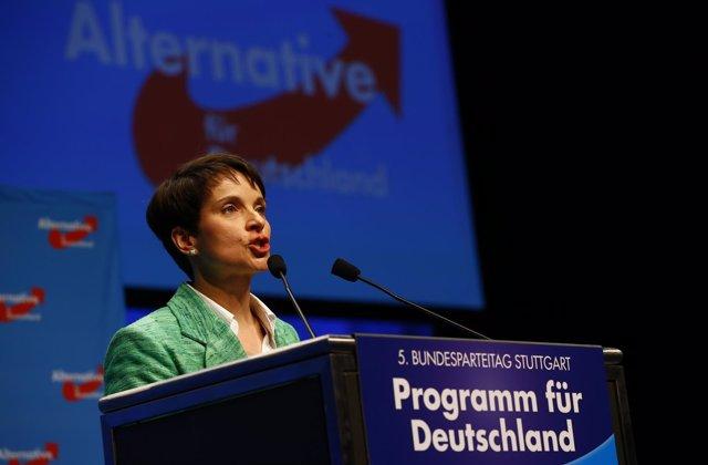 La líder del partido alemán AfD, Frauke Petry