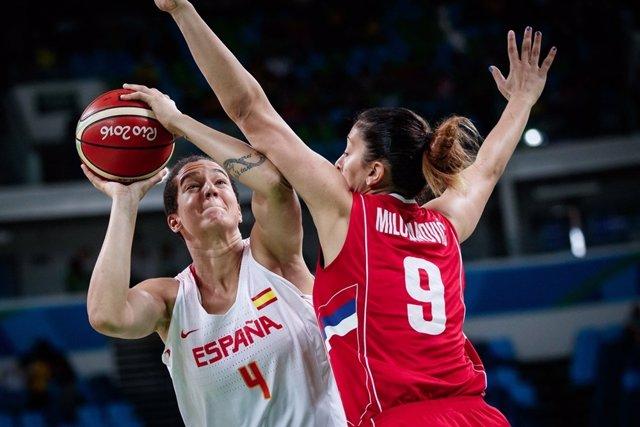Laura Nicholls en el partido ante Serbia en los Juegos