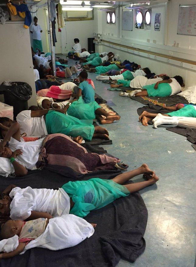 Inmigrantes rescatados en Mediterráneo
