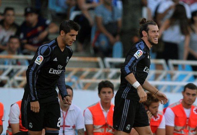 Bale celebra con Morata el 0-1 en Anoeta