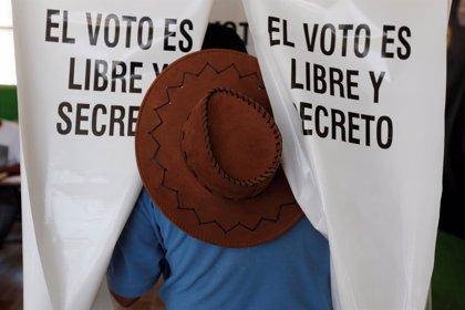 """EL 72% de los mexicanos cree que Peña Nieto es un """"corrupto"""""""