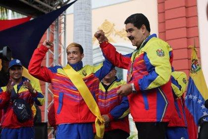 Venezuela.- Maduro recompensa a los deportistas olímpicos con una casa