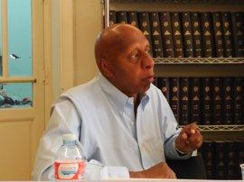 Visita humanitaria de la Embajada de España en Cuba al opositor Guillermo Fariñas